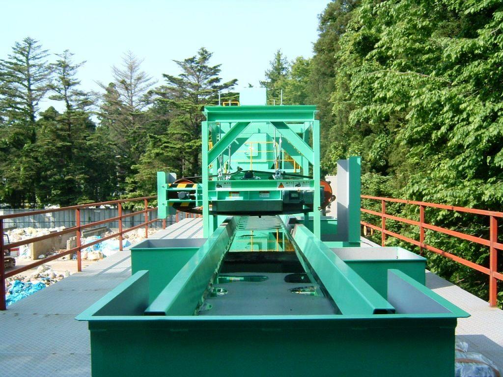 永磁式ベルト磁選機4